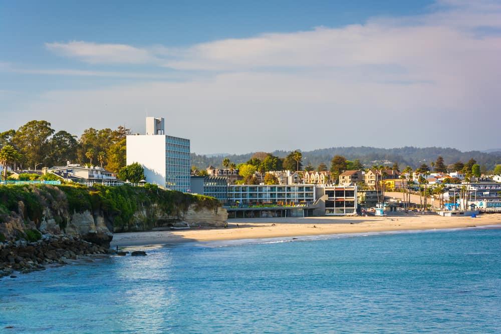 the Santa Cruz beach on a sunny partly cloudy afternoon