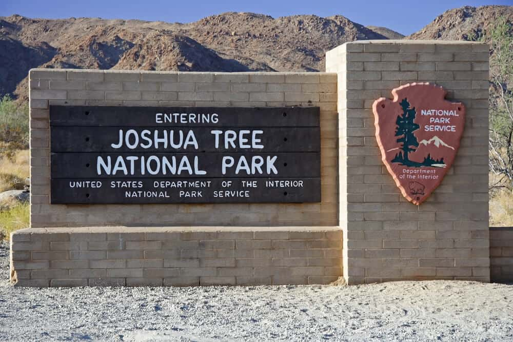 """Sign which reads """"entering joshua tree national park, united states department of the interior, national park service."""""""