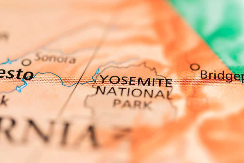 Yosemite map that shows where in the state of California the park is.