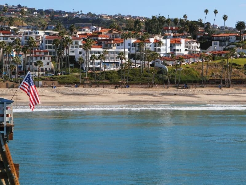 still water at san clemente on a day ideal for kayaking in southern california