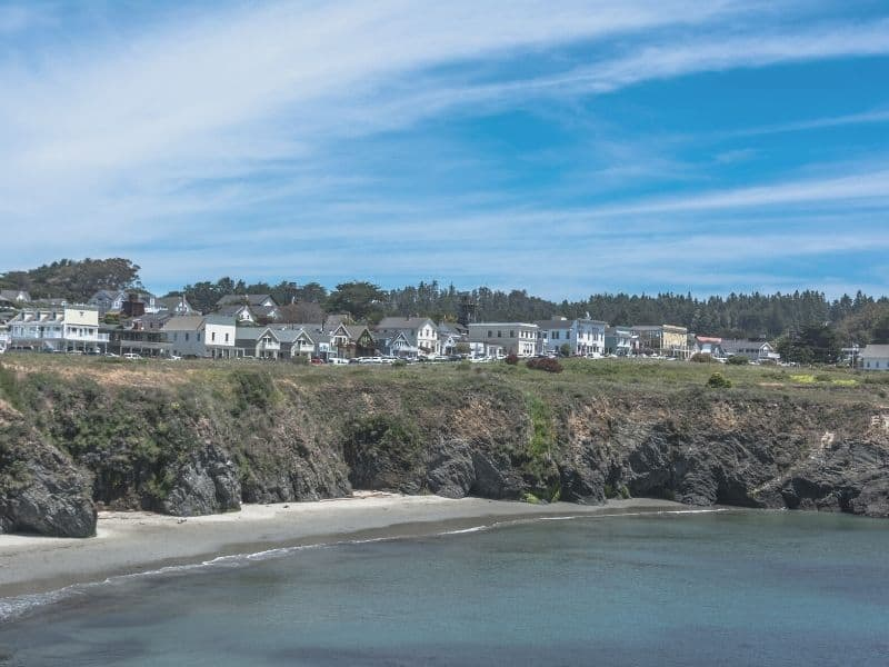 houses of mendocino california on the beach with beautiful sky and houses