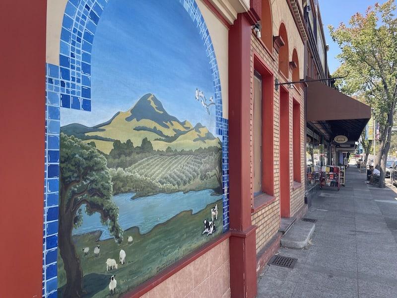 mural in sebastopol sonoma county